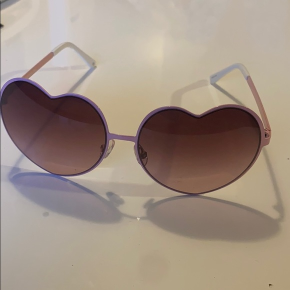 Pink juicey couture heart sunglasses